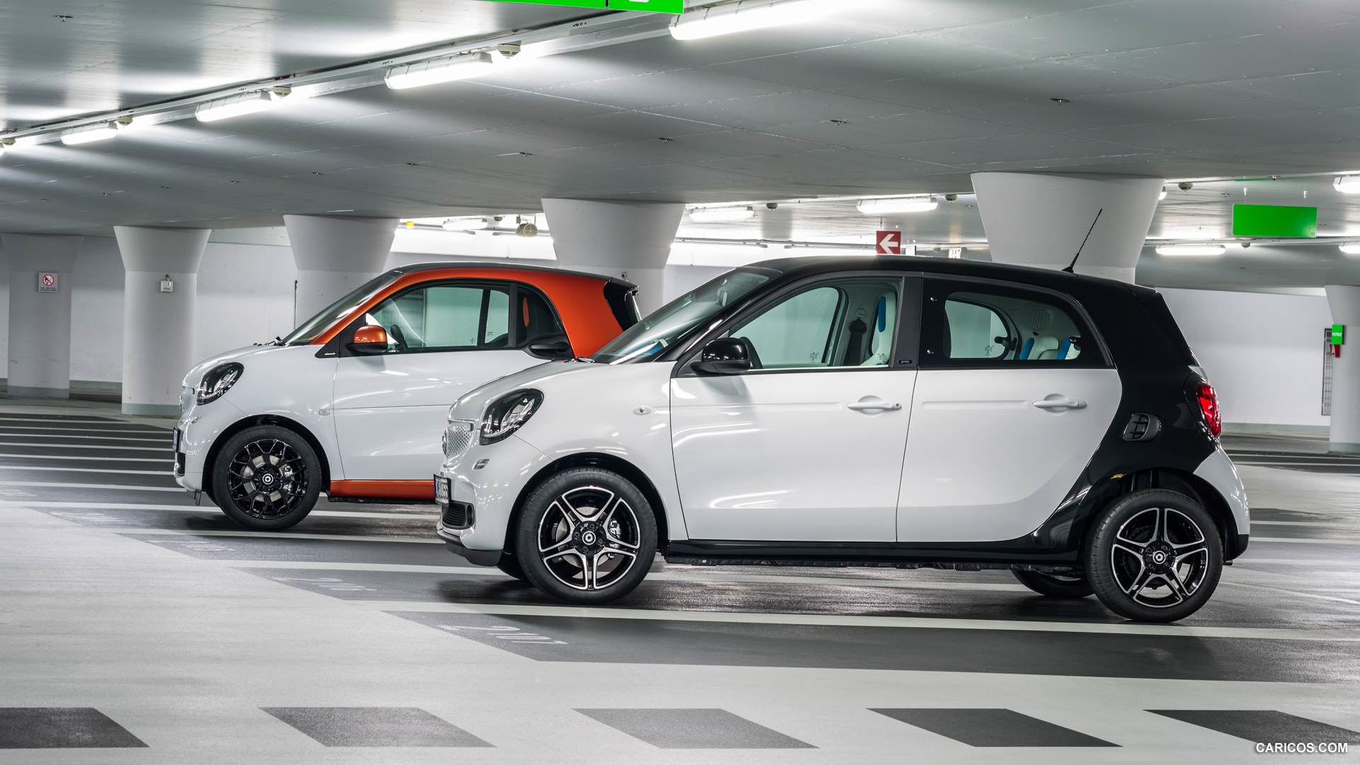 FOLLESA RENTAL CAR SMART FORFOUR